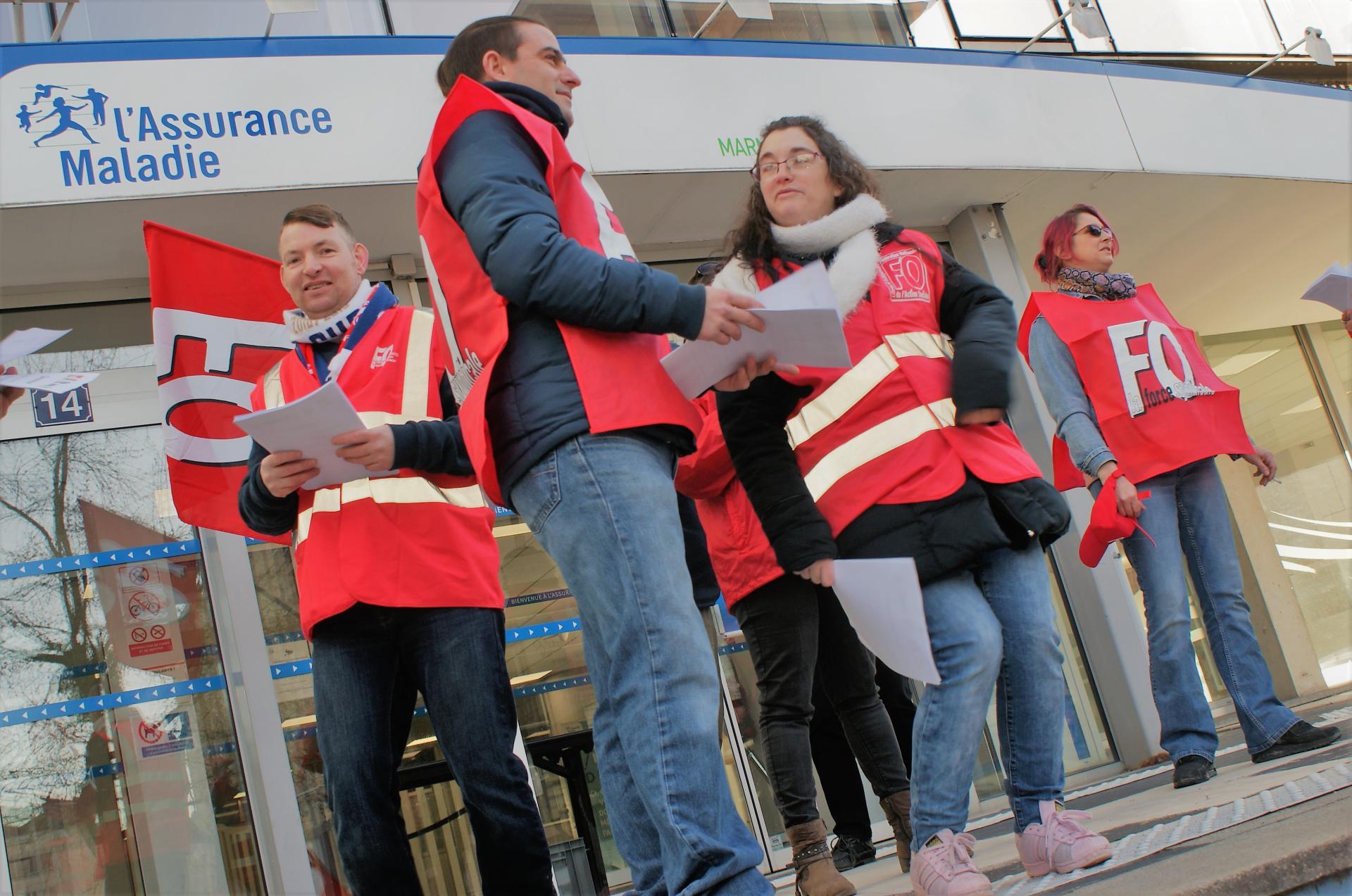Mobilisation devant la Sécurité Sociale à Reims le 19 mars 2019